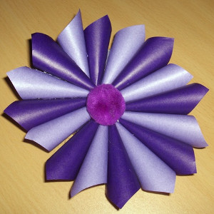 One of the 25 most popular paper craft posts on AllFreePaperCrafts.com from CreativeCynchronicity.com