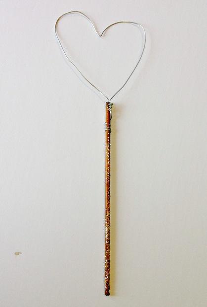 valentine-heart-wand-frame