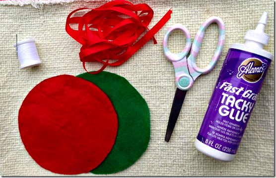 materials for felt ornaments