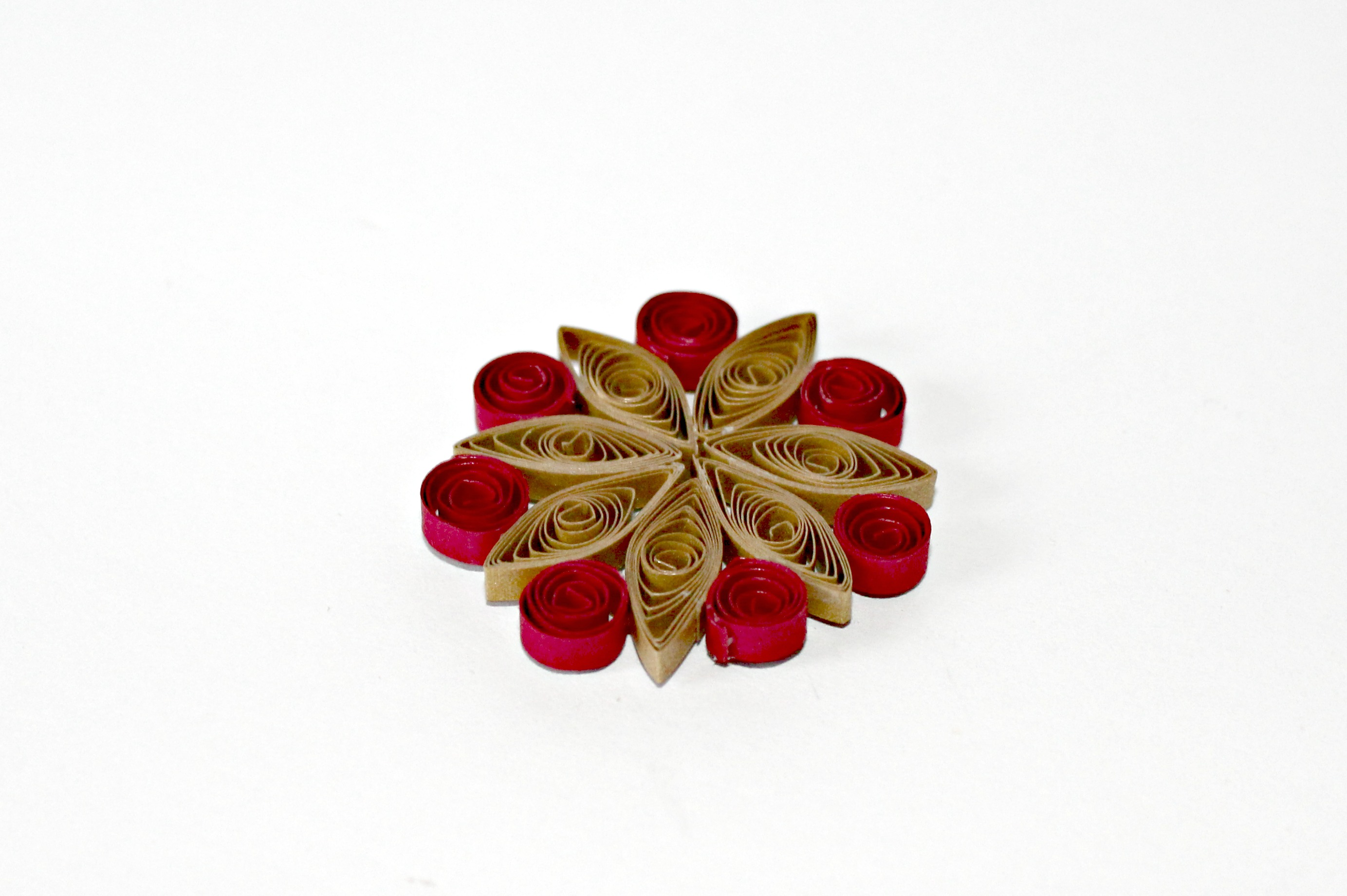 paper quilling marquise with coils added