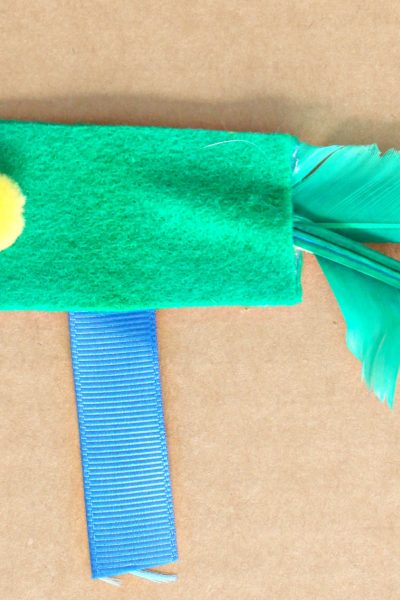 easy felt and feather cat toy craft